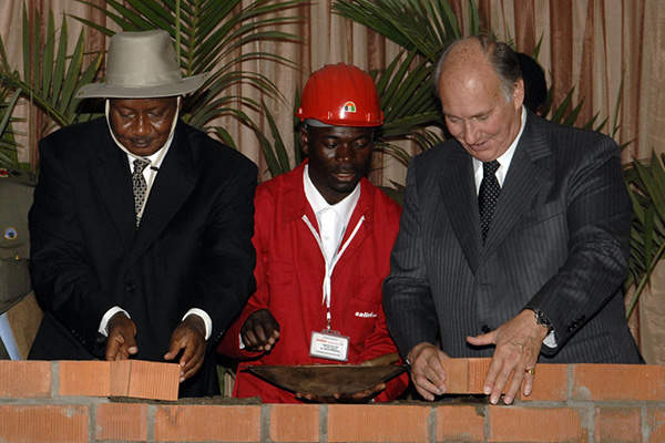 Uganda President Yoweri Museveni at the ceremony of the work starting. Image courtesy of AKDN / Gary Otte.