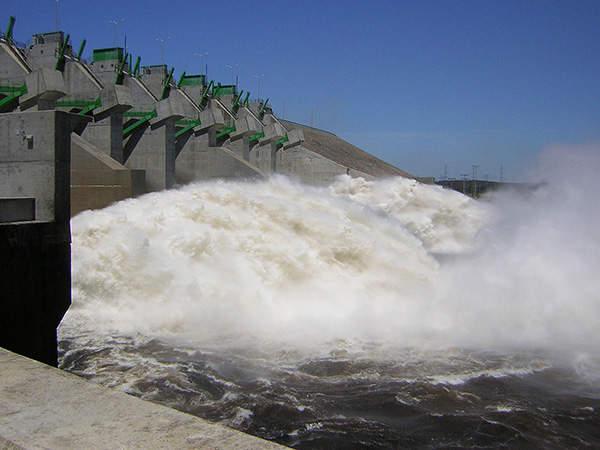 The main concrete gravity dam of the Caruachi hydropower project along the Caroni river in Venezuela.
