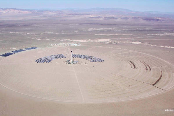 The 110MW Crescent Dunes solar power plant is owned by Tonopah Solar Energy. Image courtesy of SolarReserve.