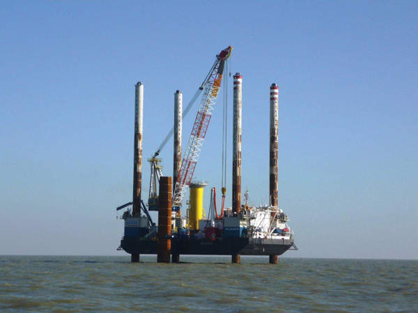 The first foundation of the wind farm being laid. Image courtesy of London Array Limited.