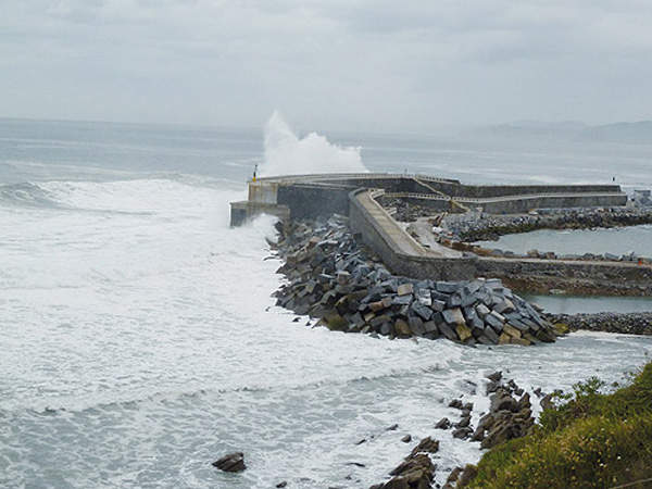 The Mutriku project generates electricity from the breakwaters of the Bay of Biscay.