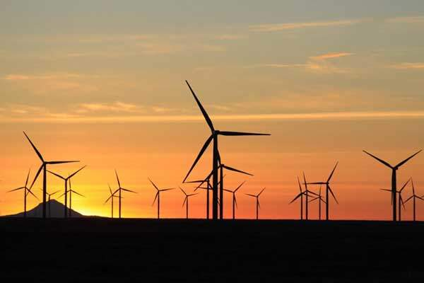 The wind farm achieved full commercial operations in November 2012. Image: courtesy of Caithness Energy.