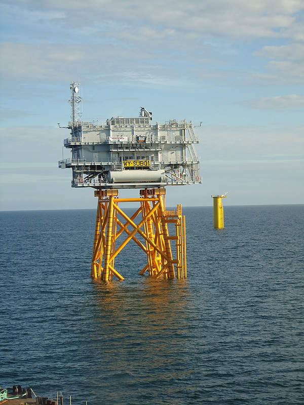 The offshore substation of Walney wind farm steps-up the power voltage from 34kV to 132kV. Image courtesy of DONG Energy.