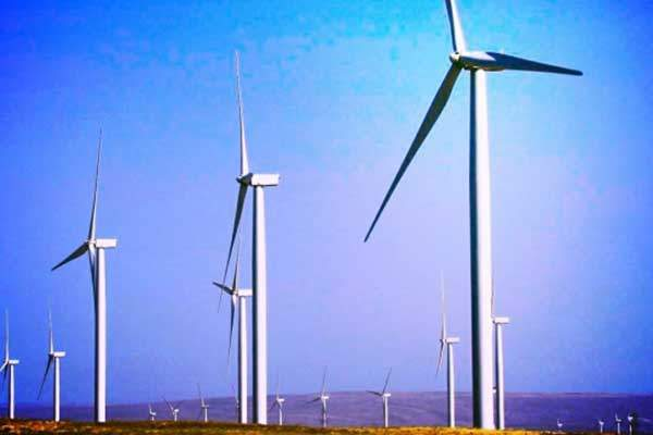 Shepherds Flat is the first wind farm in North America to deploy GE Energy's 2.5-100 series turbines. Image: courtesy of Caithness Energy.