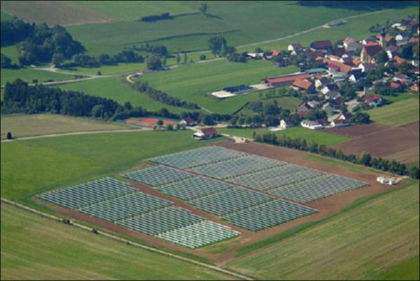 The Güenching and Minihof sites both have 1.9MW of panels installed.