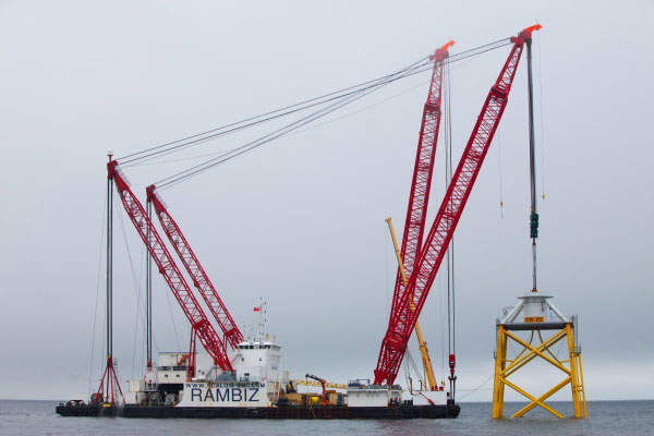 The jacket foundations were installed using Rambiz heavy lift vessel. Image courtesy of Vattenfall.